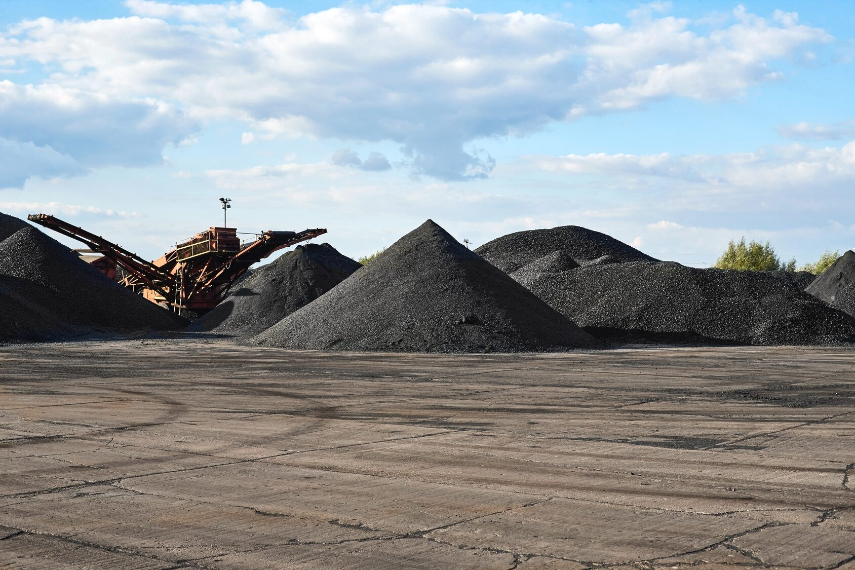 Zwały węgla (zdj. ilustracyjne)
